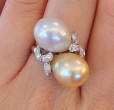 Estate-Golden-and-White-South-Seas-Pearl-Diamond-Ring-in-Platinum-HM1473