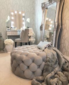 Popular 33 Home Interior Design Ideas On A Budget Visit this living room photo galleries below to find ideas that you can imitate or use these living … Home Bedroom, Room Decor Bedroom, Living Room Decor, Bedroom Ideas, Silver Bedroom Decor, Glam Master Bedroom, Glamour Bedroom, Silver Room, Bedroom Interiors