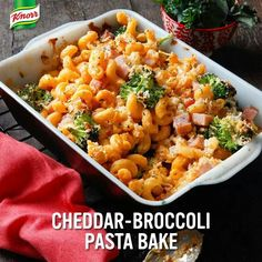 Make this Cheddar Broccoli pasta bake in just 25 minutes! Easy Meal Plans, Quick Easy Meals, Easy Cooking, Cooking Recipes, Crockpot Recipes, Broccoli Pasta Bake, Pasta Sides, Broccoli Cheddar, Best Dinner Recipes