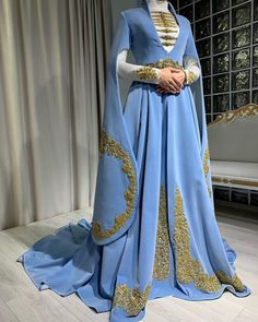 Modest Fashion, Fashion Outfits, Womens Fashion, Traditional Outfits, Vintage Dresses, Costumes, Clothes For Women, Chic, Woman Clothing