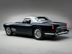 Classic Vintage Cars | Vintage 2-tone 1957 Ferrari