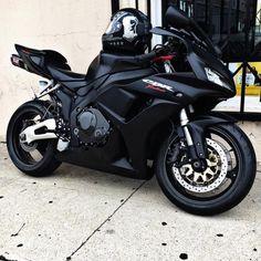 motorcycles-and-more: Honda CBR Fireblade – pomozmioddychac – motorcycle Motos Honda, Honda Cb750, Honda Xr, Honda S2000, Honda Fireblade, Moto Ducati, Ducati 848, Honda Cbr 600, Moto Guzzi