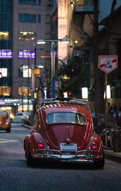 Beetle like this. Vw Bus, Auto Volkswagen, Carros Vw, Type E, Kdf Wagen, Hot Vw, Vw Classic, Vw Vintage, Cute Cars