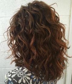 Mid-Length+Curly+Layered+Haircut