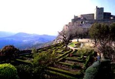 Marvao Castle was built by King Dinis in about 1299, the castle dominates the village. Its walls enclose two cisterns and a keep and offer spectacular views south and west towards the Serra de Sao Mamede and eastward to the Spanish frontier.