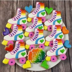 """Whoo's Bakery? on Instagram: """"Rollin into this week with these fun rainbow roller skate cookies! #rainbowcookies #tollerskatecookies #rollerskateparty #rollerskatepartyfavors #rainbowpartycookies"""""""