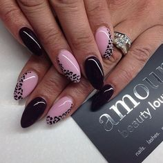 Black tips are a great way to add some variation to a classic manicure. Plus, the shape of the tips only highlights the shape of the stiletto nails. It makes your nails look even longer than what they really are. Stiletto Nail Manicure Designs for Girls Baby Pink Nails, Blue Nails, Fancy Nails, Pretty Nails, Hair And Nails, My Nails, Nails 2017, Almond Nails Designs, Almond Shape Nails