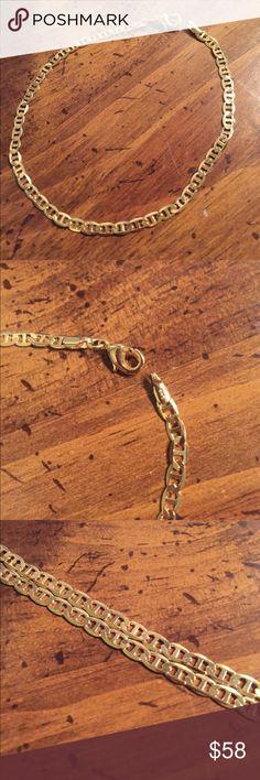 14k Gold Filled Gucci Link Ankle Bracelet Beautiful, NEW Women's 14k Gold Filled Gucci Link Ankle Bracelet. Has lobster clasp and GHR (gold filled) stamp! Make me an offer!  Jewelry Bracelets