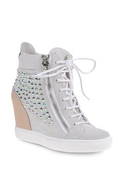 Accessoires: Sneaker Trends - VOGUE - Giuseppe Zanotti sneakers