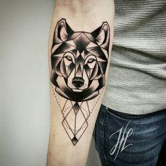 Geometric wolf by Marjorianne
