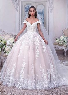 285.59  Eye-catching Tulle Off-the-shoulder Neckline Ball Gown Wedding  Dresses With Beaded Lace Appliques c303530a473a