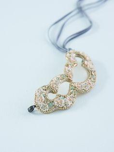 タマスの羽織飾り・Mary   DOUBLE MAISON