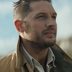 "WCRS and Sky Mobile ""Say Hello"" with Tom Hardy  regram http://creativepool.com  #tomhardy"