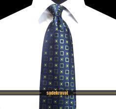 Yeşil Lacivert İpek Kravat 5693 7,5 cm. Modern Orta Stil, Mikro Kumaş... www.sadekravat.com/yesil-lacivert-ipek-kravat-5693 #kravat #kravatım #kravatmodelleri #tie #tieoftheday #pocketsquare #örgükravat #ketenkravat #ipekkravat #slimkravat #ortaincekravat #incekravat #gömlek #ceket #mendil #kravatmendilkombin #ofis #bursa #türkiye #çizgilikravat #şaldesenlikravat #ekoselikravat #küçükdesenlikravat #düzkravat