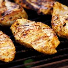 Yogurt-Marinated Grilled Chicken - Epicurious - This marinade is very tasty and perfect for grilling chicken breast. Be sure not to skip the pounding part (like I did) to avoid the thinner tips from drying out. Healthy Grilling, Grilling Recipes, Cooking Recipes, Healthy Recipes, Barbecue Recipes, Healthy Meats, Barbecue Ribs, Grilling Tips, Healthy Foods