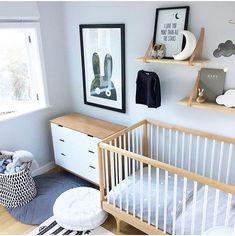 modern nursery Source by MightyMomsClub Baby Bedroom, Baby Boy Rooms, Baby Room Decor, Nursery Room, Kids Bedroom, Kids Rooms, Room Baby, Bed Room, Baby Room Colors