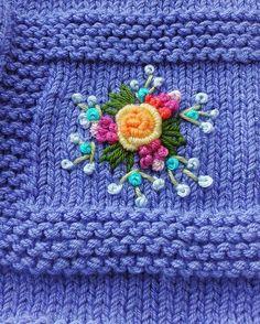Huzurlu, mutlu haftalar herkese. ......#örgü #elisi #guzellik #benimorgulerim #örgümodelleri #bebekörgüm #yenidoganbebek #örmeyiseviyorum #işlemeli #hırkalar #yelekler #şapkalar #battaniyem #crochet #baby #nakopırlanta #nakoileörüyorum #elemeği #tığişi #kinitting #handmade #kidsblanket #bayblanket #crochet#babyboots#baby#follow #followme #kistagram #yarnaddict #guzellik#siparişalınır dm den msj atabilirsiniz
