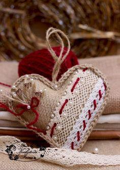 Trendy Ideas for crochet heart ornament ideas Burlap Ornaments, Burlap Crafts, Felt Christmas Ornaments, Xmas Crafts, Valentine Crafts, Handmade Christmas, Christmas Hearts, Valentines Day Hearts, Fabric Hearts