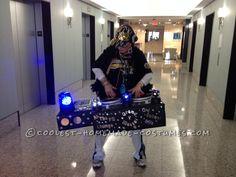 Best Old School 80′s DJ Booth Costume... Coolest Halloween Costume Contest