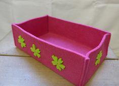 Filzkorb, Pink mit grünen Blüten, 21x7x12 cm (BxHxT), CHF 13.- Sunglasses Case, Pink, Felting, Rose, Hot Pink, Pink Hair
