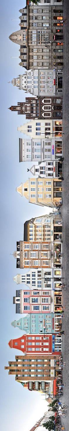 Hochkant: Panorama-Foto von historischen Gebäuden in #Rostock - http://terracetourist.com/hochkant-panorama-foto-von-historischen-gebauden-in-rostock-8/