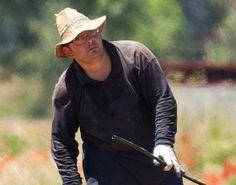 César, hortelano, es muy trabajador y siempre está haciendo bromas y sonriendo | La Huerta de la Fundación