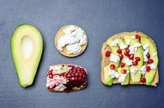Sandwich with avocado, feta and pomegranate by Arzamasova. Sandwich with avocado, feta and pomegranate on a black background. Tostadas, Protein Snacks, Healthy Snacks, Healthy Fats, Low Calorie Recipes, Vegan Recipes, Vegan Food, Pancakes Sans Gluten, Valerie Orsoni