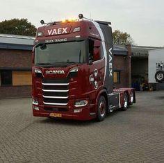Scania. S 580 V8.