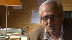 23. Mai 2012 - Dieter #Hildebrandt, im Mai 85 Jahre alt, wird seinem Ruf als einer der bedeutendsten deutschen Kabarettisten bis heute gerecht. Noch immer kommentiert er Politik und Zeitgeschehen, seine Bühnenprogramme sind ausverkauft, daneben schreibt er Bücher.