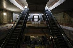 """Ξενάγηση στον σταθμό """"Ευκλείδης"""" του Μετρό Θεσσαλονίκης Stairs, Home Decor, Stairway, Decoration Home, Staircases, Room Decor, Ladders, Interior Decorating, Ladder"""