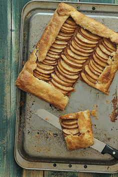 Rustic Apple Galette | Foodness Gracious