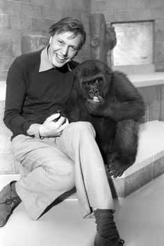 David Attenborough David Attenborough Young, St Louis Zoo, I Love Him, My Love, Prehistoric Creatures, Influential People, Baboon, Bear Cubs, His Travel