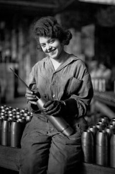 """Detroit was famous for its """"Rosie the Riveters"""" during the second World War, but this young woman was already assembling munitions at the Maxwell Motor Company during World War I. THE DETROIT NEWS ARCHIVES World War One, First World, Working Woman, Working Girls, Working Class, Detroit News, Boat Art, Photo Archive, World History"""