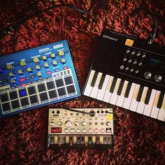 #Repost @royalsatin  New mini rig for outdoor stuff. Batteries included  #electribelovers #korg #electribe #electribe2