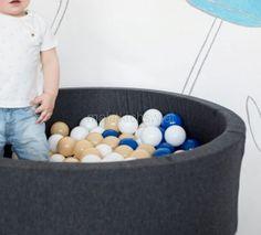 Basen z piłeczkami MiniBe został stworzony z myślą o dzieciach i sprawianiu im radości.