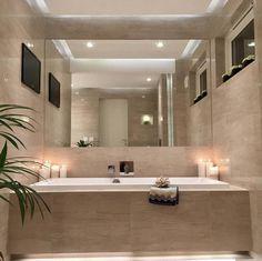 Lekkert innebygd badekar og en stk nydelig stemning på badet til @estetika1  #fremsnakk #rørkjøp