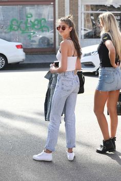 Find images and videos about girl, fashion and model on We Heart It - the app to get lost in what you love. Taylor Marie Hill, Taylor Hill Style, Urban Fashion, Girl Fashion, Fashion Outfits, Fashion Trends, Vs Models, Models Off Duty, Gigi Hadid