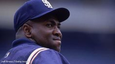 Why everyone seemed to love Mr. Padre: http://abcn.ws/1ngsW0l  pic.twitter.com/gk5ienxPRc