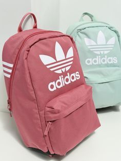 go back to school looking sporty and cute with Adidas backpacks from Zumiez. - go back to school looking sporty and cute with Adidas backpacks from Zumiez. Source by zumiez Skate Backpacks, Green Backpacks, College Backpacks, Cute Backpacks For School, Cute School Bags, Book Bags For School, Back To School Bags, Mochila Jansport, Teenager Fashion Trends