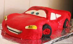 Check out the most creative Disney inspired cakes I wish i was any good at making cakes like these!!