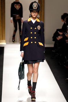 Moschino Fall 2013 Ready-to-Wear Fashion Show - Ji Hye Park