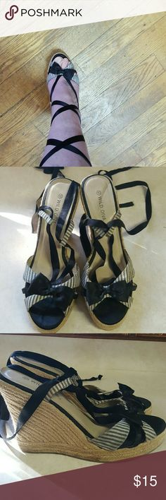 Lace up wedges!' Gray n white pinstripes w satin bows and black satin laces that lace up your leg!  Size 10 runs small I wear a 9 Shoes Wedges