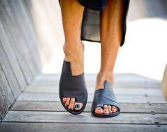 New! Black Leather Sandals, Handmade Sandals, Flat Sandals, Black Summer Shoes, Slide Sandals, Toe Ring Sandals, Simone