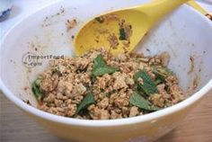 Thai Spicy Ground Chicken and Toasted Rice, 'Larb Gai' - Mix ingredients (no rice powder)