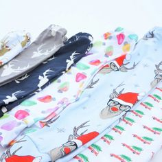 So many christmas leggings coming to the shop!!!