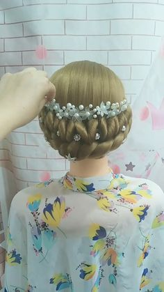 Hairdo For Long Hair, Prom Hairstyles For Long Hair, Long Hair Video, Up Hairstyles, Braided Hairstyles, Haircuts, Hair Up Styles, Medium Hair Styles, Hair Tutorials For Medium Hair