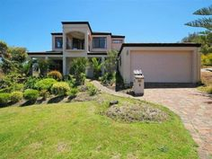 8 West View Boulevard Mullaloo WA 6027 - House for Sale #115227275 - realestate.com.au LOCATION!!!