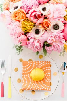 pretty peach and pink place-setting