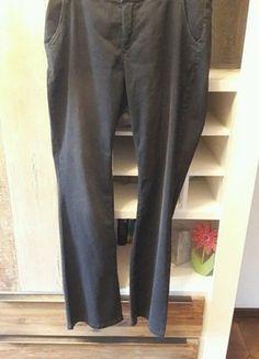Kaufe meinen Artikel bei #Kleiderkreisel http://www.kleiderkreisel.de/damenmode/jeans/148757933-super-weiche-angenehme-jeans-dunkelgrau-mit-leichter-verwaschung-und-schlag