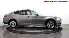 INFINITI M37x Luxury Sedan 2012